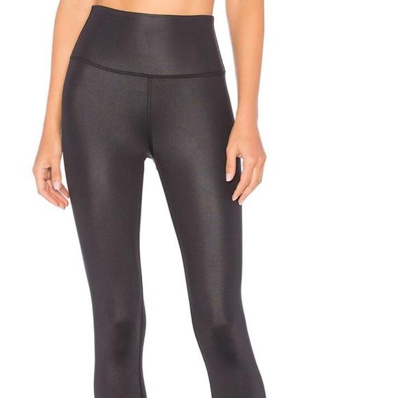 814a6a041079f ALO Yoga Pants | High Waisted Airbrush Legging | Poshmark